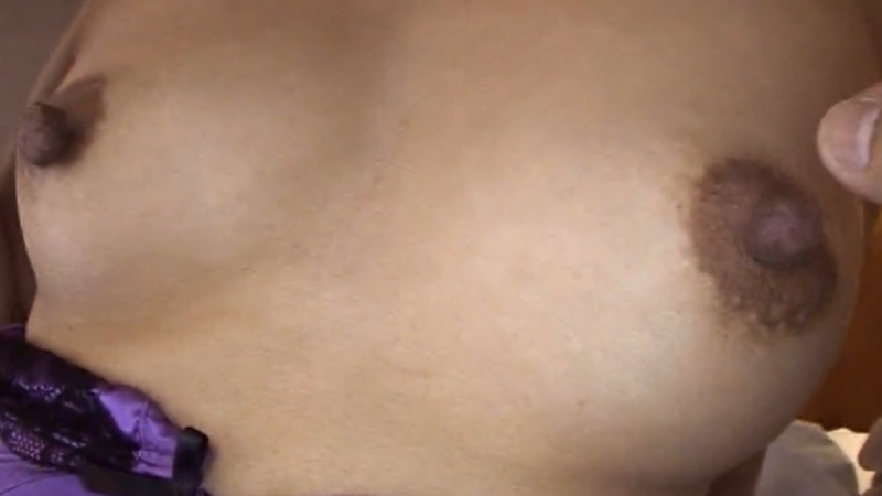夏川美久のデカ乳首